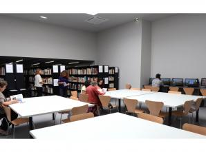 Salle de lecture - Centre de documentation du musée d'Histoire